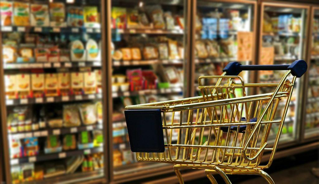 いつもの商品を玄関まで持ってきてくれる!ネットスーパー